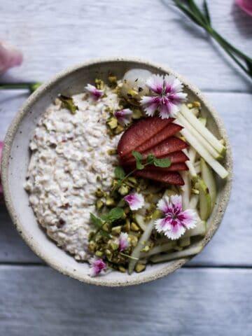 bircher muesli, healthy breakfast, quick breakfast, vegan recipes, dairy free recipes, dairy free breakfast
