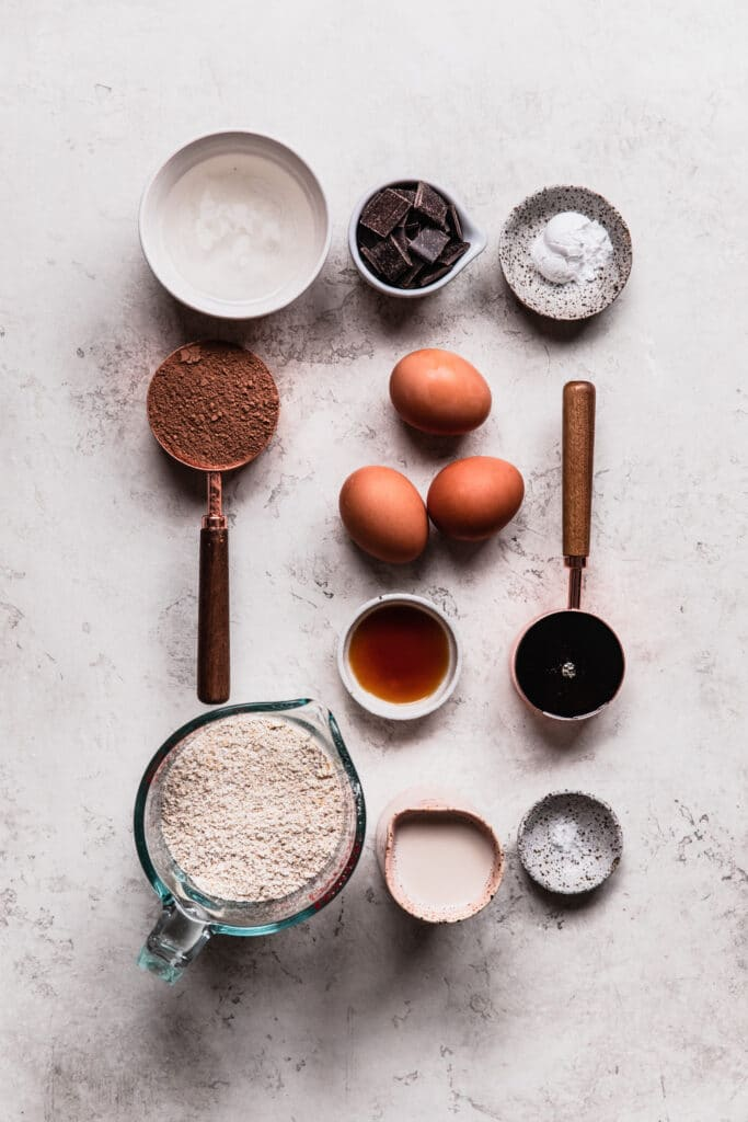 ingredients for chocolate chip baked oats