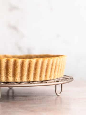 baked gluten free shortcrust pastry on a cooling wrack.