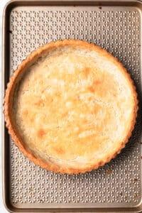 Golden brown, baked gluten free vegan pie crust.